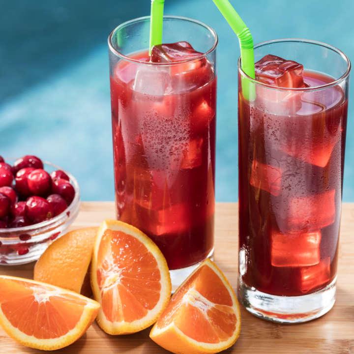 Orange-Cranberry Sweet Iced Tea Cocktail