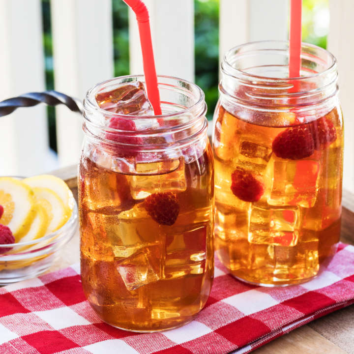 Lemon-Raspberry Infused Iced Green Tea